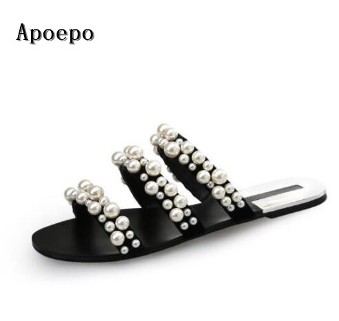 2017 newest flat slippers for woman white pearl bead open toe shoes sexy gladiator sandal cutouts flat sandal shoes  2017 newest summer black brown leather sandal for woman sexy open toe flat crystal sandal sequins bead t strap buckle shoes