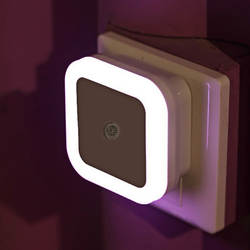 Свет Сенсор Авто Управление мини Ночной светильник ЕС США Plug Новинка квадратный детская спальня лампа moon Романтический Красочные лампы