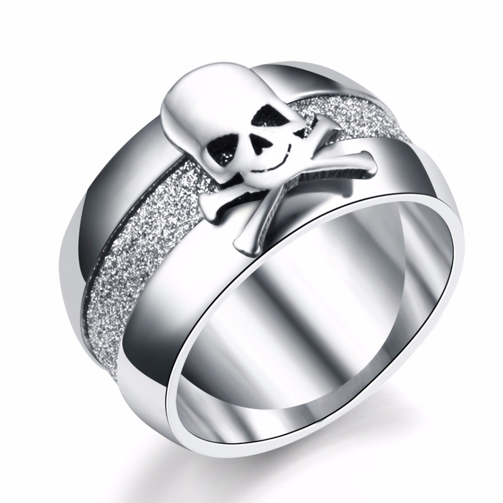 Nikdy nevymizí 10 mm titan Punk Pirate Skull Ring Vintage matné polské prsteny pro muže Ženy 316L Nerezová ocel přívěsky JR2197