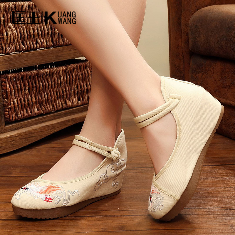 Plus Size Women Flats Shoes Woman 2017 Chinese Old Beijing Flat Cloth Shoes Canvas Casual Shoes Women Soft Flats Bailarinas Muje vintage embroidery women flats chinese floral canvas embroidered shoes national old beijing cloth single dance soft flats