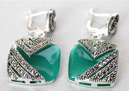 Boucles d'oreilles ZCD 320 + + + + boucles d'oreilles en marcassite avec œil de chat opale verte naturelle