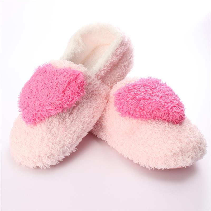 2018 Winter Plush Slippers Love Heart Pattern Flats Cotton Soft Warm Floor Indoor Shoes Women Bedroom House Slippers Pantuflas soft plush big feet pattern novelty slippers