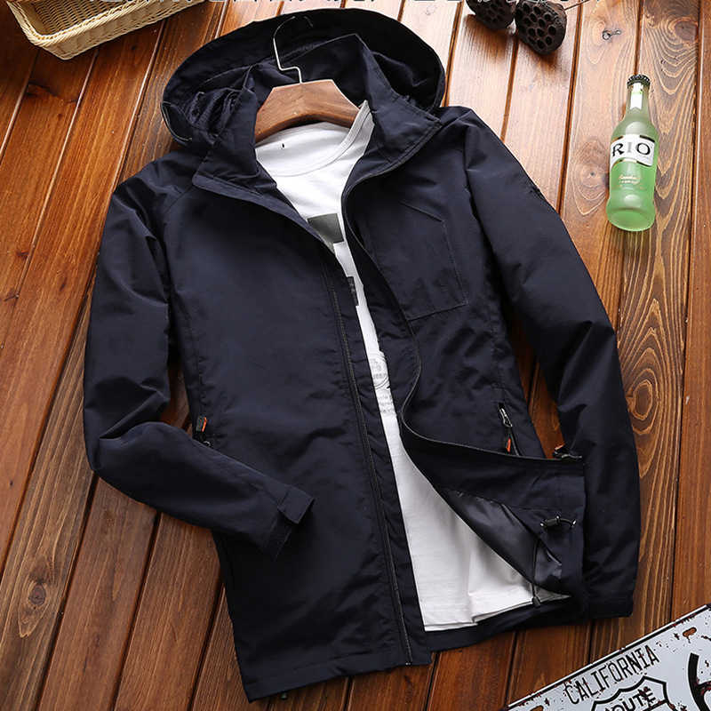 DIMUSI 秋男性の薄いジャケット男性カジュアルなオーバーコート陸軍戦術ウインドブレーカージャケットメンズ防水通気性フード付き 6XL 、 TA205