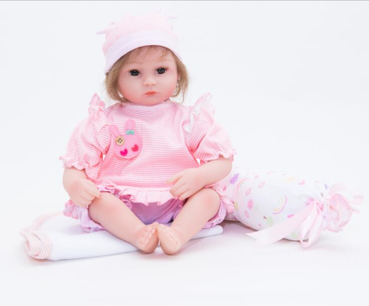 Action Figure Toys 42CM Reborn Babies Dolls Girls Toys Lifelike Newborn Baby Bonecas with Pink Clothes Pillow Magnetic PacifierAction Figure Toys 42CM Reborn Babies Dolls Girls Toys Lifelike Newborn Baby Bonecas with Pink Clothes Pillow Magnetic Pacifier