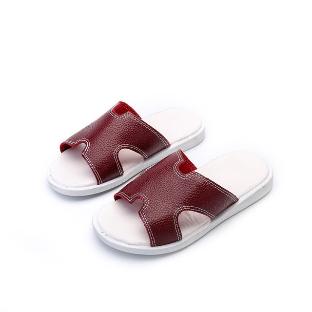 2017 Casual Style Baby Boy Summer Slippers High Quality Leather Kid Sandals Children Solid Color Anti-sliper Indoor Shoes Flats