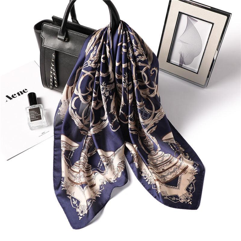 2019 Luxury Brand Print Silk Scarf Square 70*70 Cm Summer Satin Neck Scarf Women Unique Twill Handbag Bandana Sjaals Voor Dames