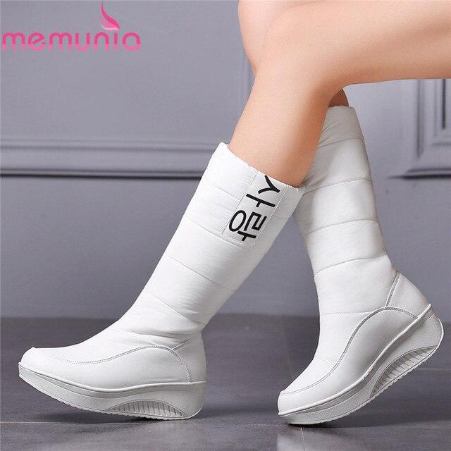 2017 Mulheres Botas de couro Branco PU + Para Baixo Mid-Calf Toe Rodada Wedge Med Botas de Salto Mulheres Botas de Neve casamento Sapatos Tamanho 35-44