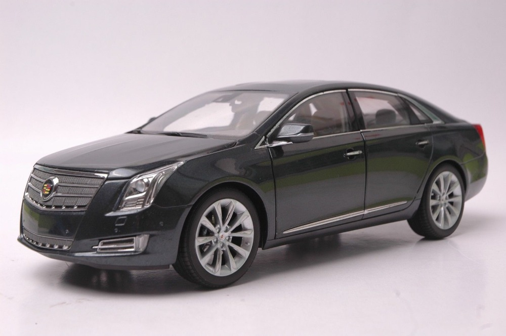 1:18 Diecast Model for Cadillac XTS 2014 Grey Alloy Toy Car Collection Gifts 1 18 scale red jeep wrangler willys alloy diecast model car off road vehicle model toys for children gifts collections