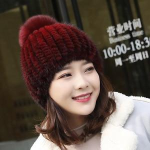 Image 4 - Sıcak satış gerçek vizon kürk şapka kadınlar kış örme vizon kürk kasketleri kap tilki kürk Pom Poms ile el yapımı yeni kalın kadın kap kürk şapka
