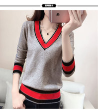 Autumn new woman V-neck Long sleeve Korean version gray red black color long sleeve Leisure Wild Knit shirt Sweaters