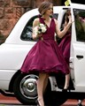 2015 Hot V Neck Tank Knee Length Short Bridesmaid Dress Burgundy Wedding Maid Dress Party Gown