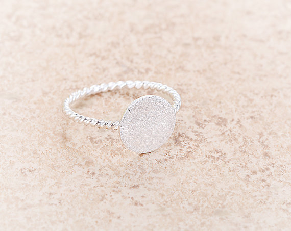 yiustar Hammered Ring With Twisted Ringband Silver Round Adjustable Stretch Antique Rings R083