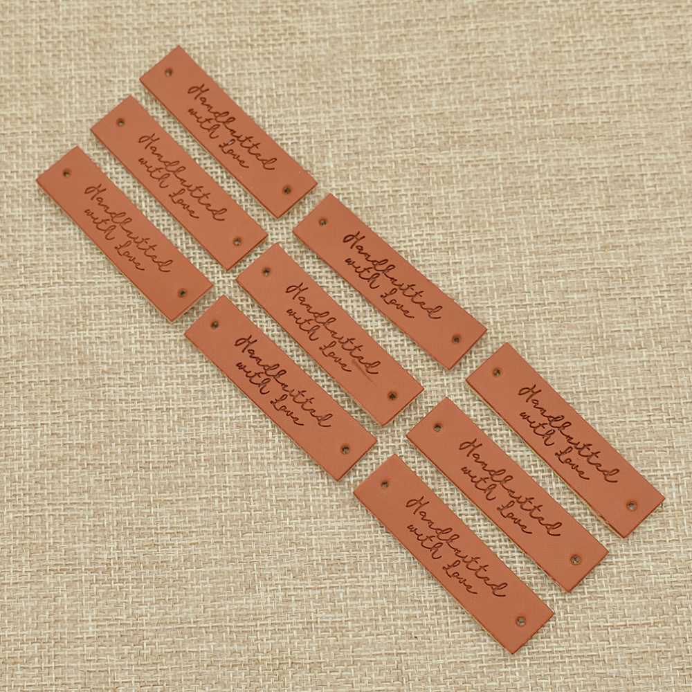 40 x Retro Brown Synthetic Leather Handmade Labels Tags Sewing Craft Patches