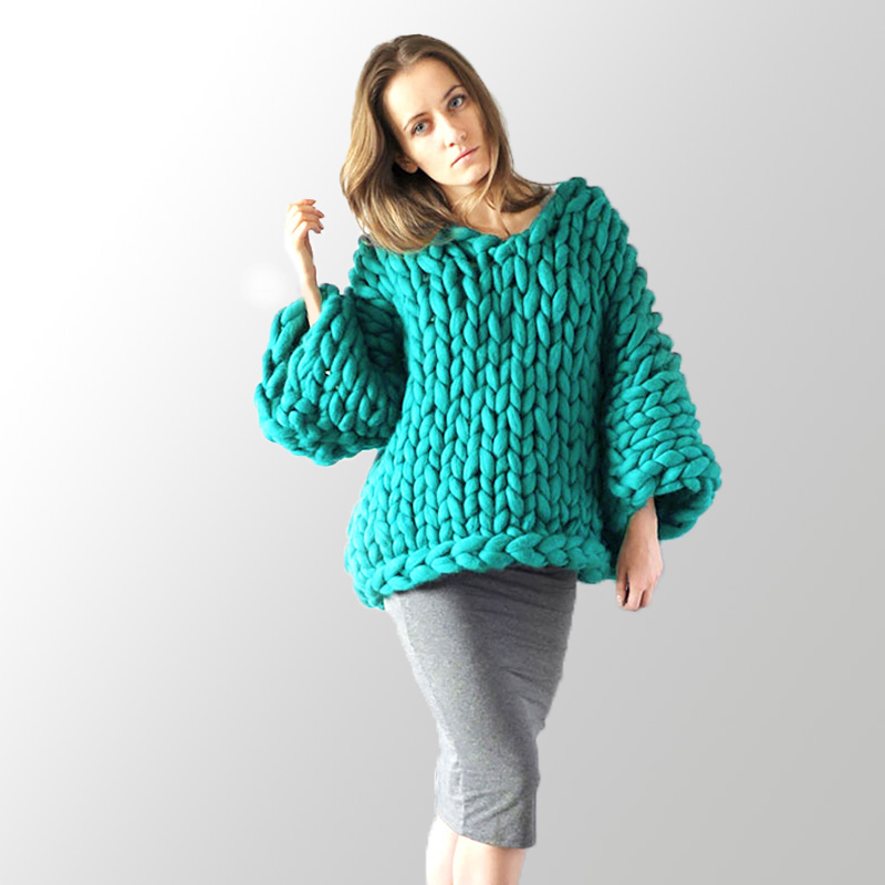 Pure hand-knit women Thickened sweater coat Loose large size Coarse lines ultra-thick Hand-knit needle women sweater