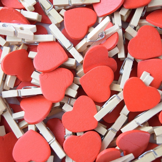 10 Pcs/Pack Mini Heart Love Wooden Clothes Photo Paper Peg Pin Clothespin Craft Postcard Clips Home Wedding Decoration D3