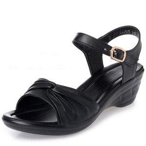 Image 5 - BEYARNE 2018 חדש בוהן פתוח סקסי קיץ נשים סנדלי עור אמיתי נעלי סנדלים בתוספת גודל נוח שטוח טריזי סנדלי