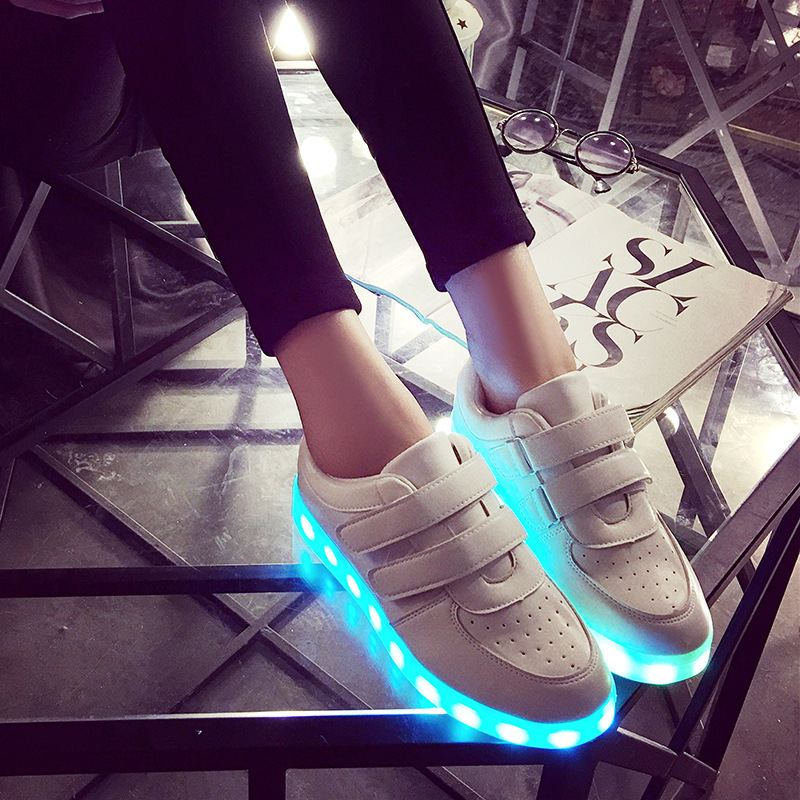 2017 New Kids Boys Girls USB Charger Led Light Shoes Luminous Sneakers casual Lace Up Shoes Unisex Sports for children