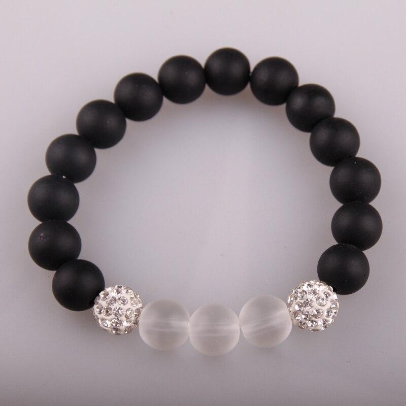 Pulsera negra red cadena rodamient con blancos 8 mm rellena de perlas cierre magnético