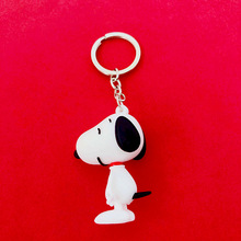 New Anime Key Chain Charlie brown Snoopy Character dolls chain For mens And Womens bags silicone doll Car ring