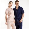 2016 Summer Marca Parejas Homewear pijamas Ocasionales Hombres Turnd-abajo traje Ropa de Dormir de Algodón Masculina camisas de lunares + pantalones