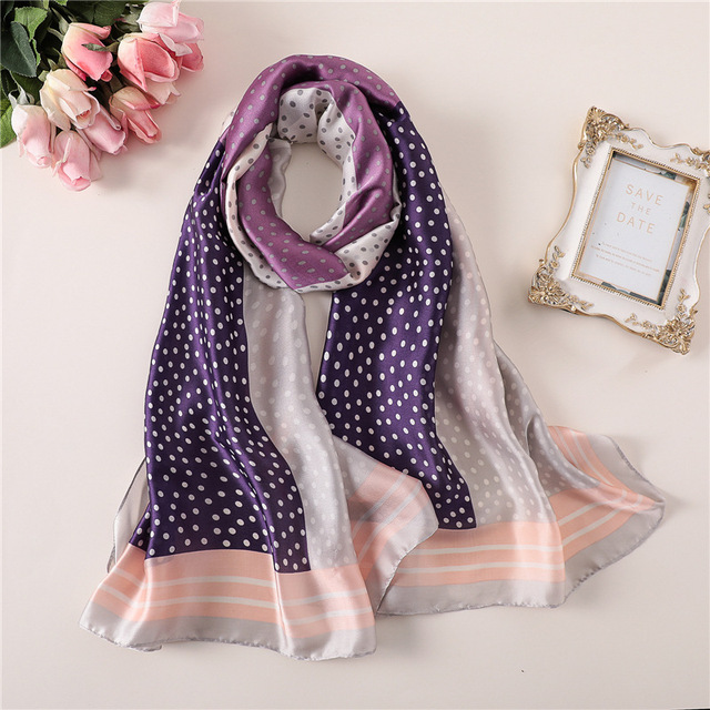 2018 luxury brand Women Silk scarf Beach Shawl and Echarpe Luxurious Wrap Designer scarves Plus Size female beach stole bandana 3