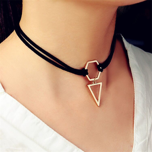 1 Pc Triangle Pendant Collar Necklace Innovative Design Velvet