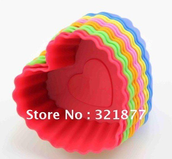 Heart-shaped cup baking mold DIY cake mold handmade soap mold the 7CM silicone mold