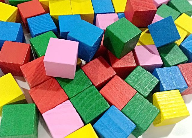 20Pcs Magic Cubes Colorful 2CM Wooden Building Square Block Kids Early Educational Toy Gift 2019 New Games and Puzzles