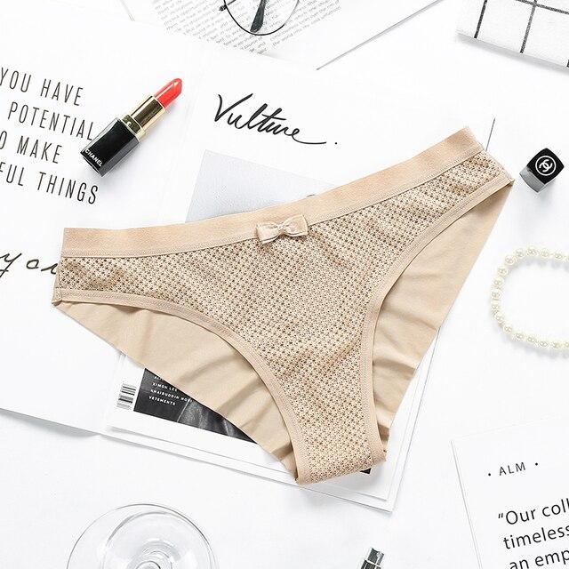 Balaloum 3 pçs novas chegadas mulheres calcinha elástica cuecas sexy sem costura senhoras de alta qualidade lingerie todos os dias 4 cores