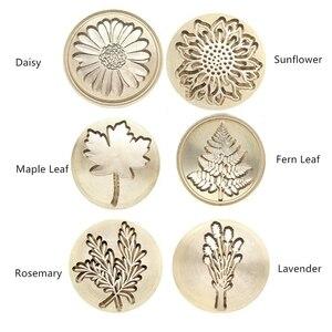 Image 3 - Regalo Moorlando Set de sello de cera, 6 uds sello de cera de sellado botánico cabezas de latón + 1Pc mango de madera con una caja de regalo Vintage