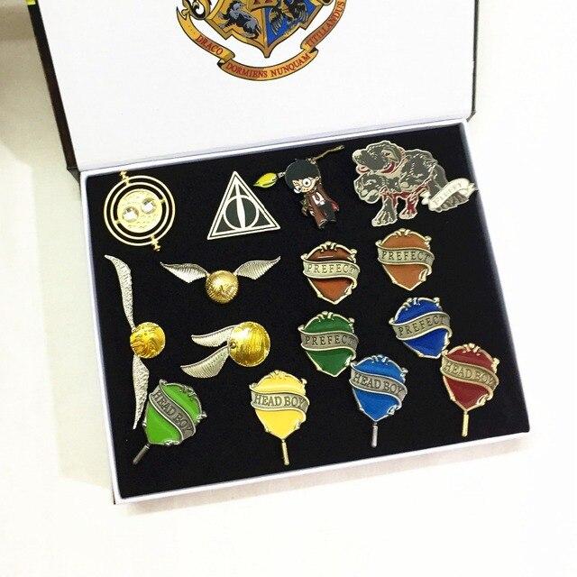 Наборы брошек С эмблемами кинофильма Гарри Поттер 2