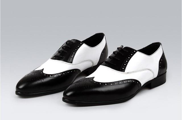 daa10ea21c826 Hommes noir blanc en cuir richelieus chaussures en deux couleurs élégant  hommes wingtip robe chaussures de