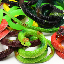 75CM Novelty Realistic Plastic Tricky Toy Fake Snakes Garden Props Joke Prank Halloween Horror Toys Halloween Gift 30pcs halloween gadget plastic cockroaches joke decoration props rubber toy gags practical funny toys plastic bugs cockroach