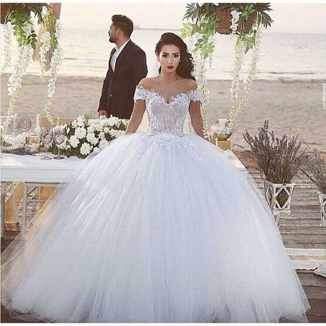 Robe de mariee princesse avec dentelle