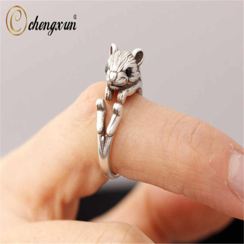 CHENGXUN Women Teen's Lovely Finger Rings Squirrel Animal Retro Burnished Jewelry Black Crystal Wrap Rings Christmas Gift