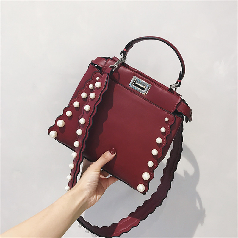 2018 fashion women shoulder bags luxury handbags women bags designer ladies  shoulder messenger bags casual tote bag with pearl e7e102fba2943