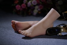 Top Quality New Sex Product,Soft Feet Fetish Toys for Man,Lifelike Female Feet Mannequin,Fake Feet Model for Sock Show