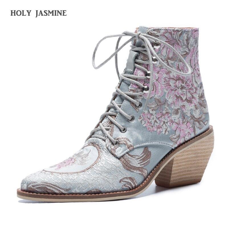 2019 Primavera Retro Mulheres Flor Bordado Curto Botas Senhora Elegante Rendas Até Ankle Boots Feminino Seda Chunky Botas de Salto Alto mujer