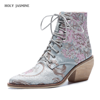 2019 Spring Retro Women Embroidery Flower Short Boots Lady Elegant Lace Up Ankle Boots Female Silk Chunky High Heel Botas Mujer