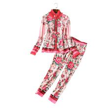 The new Europe and the United States women's 2017 spring The runway looks retro rose long sleeve shirt + feet pants suit