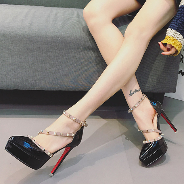 2018 New Designer Woman Platform Shoes Extreme High Heels Gladiator Sandals Sexy Rivets Red Heels Shoes High Heels Sandals Women