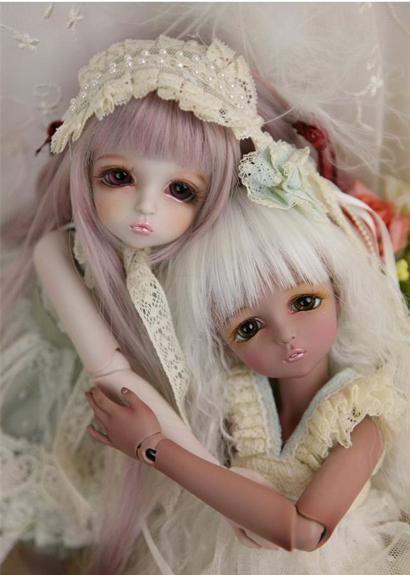 1/4th scale 42cm  BJD nude doll DIY Make up,Dress up. SD doll Girl leeke mikhaila.not included Apparel and wig 1 4 bjd dollfie girl doll parts single head include make up shang nai in stock
