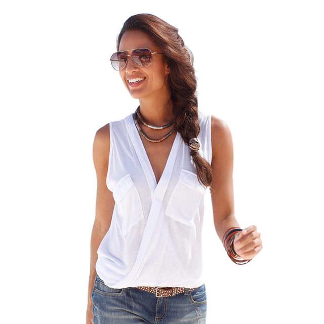 66ae8900b placeholder Sexy Feminino Verão Blusas Bolsos Botão Profundo Decote Em V  Sem Mangas Sólidos Tops Moda Praia