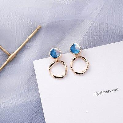 AOMU coréen bleu géométrique acrylique irrégulière cercle creux carré balancent des boucles d'oreilles pour les femmes en métal bosse fête plage bijoux 32