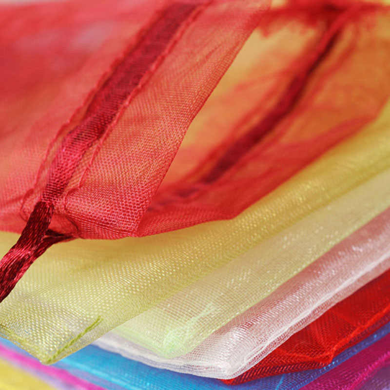 RE 100 pcs Cores 7x9 22 9x12 cm 10x15 13x18 cm Casamento presente de natal Sacos de Organza Drawable Embalagem Jóias Display & Pouches 13