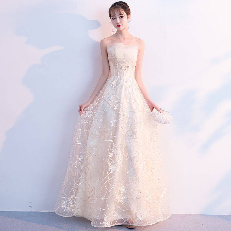 Spring New Fashion 2019   Evening     Dress   Sexy Off the Shoulder Appliques Flower Beaded a Line Prom   Dress   Floor Length Haute Couture