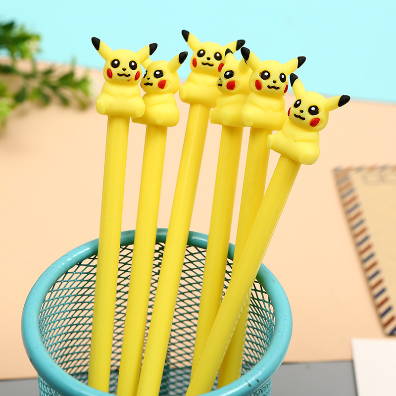 24 Teile/los Cartoon Pikachu Gel Stifte Für Schreiben Nette 0,5mm Tinte Stifte Mit Skateboard Anhänger Für Kinder Büro Schule Liefert