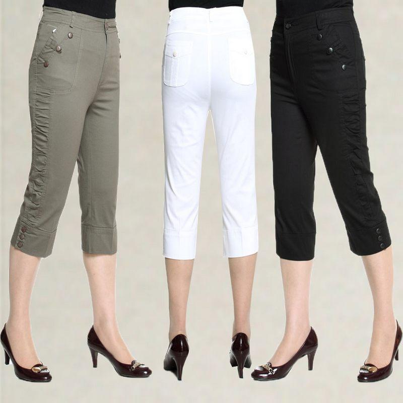 Ladies Cotton Capri Pants