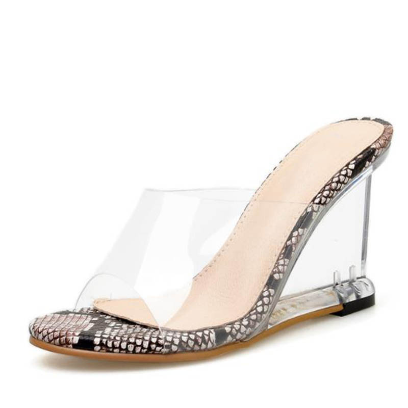 Snake Skin Sexy Sandals 2019 Summer New PVC Slippers Transparent Crystal Wedge Sandals Women Shoes Size 35-size 40Snake Skin Sexy Sandals 2019 Summer New PVC Slippers Transparent Crystal Wedge Sandals Women Shoes Size 35-size 40
