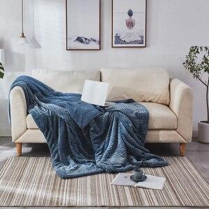 Image 2 - Neue Ankunft Super Weichen, Flauschigen Geprägt Sherpa Fleece Decke Nerz Werfen Dicke Warme Sofa Plaid Herbst Winter Decken Auf Die bett